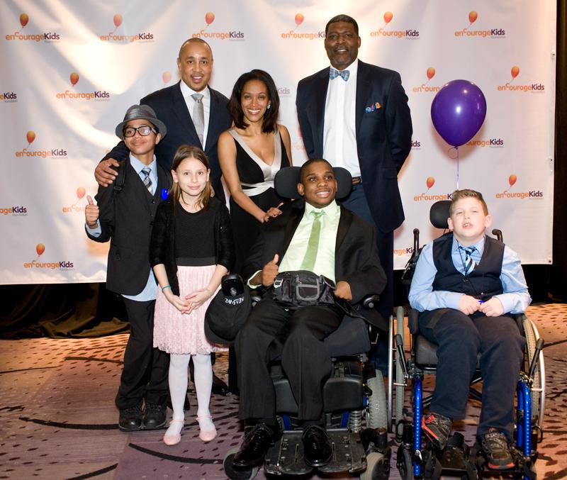 31st-annual-gala-with-new-york-knicks-legends-john-starks-larry-johnson-michele-hall-duncan-encourage-kids