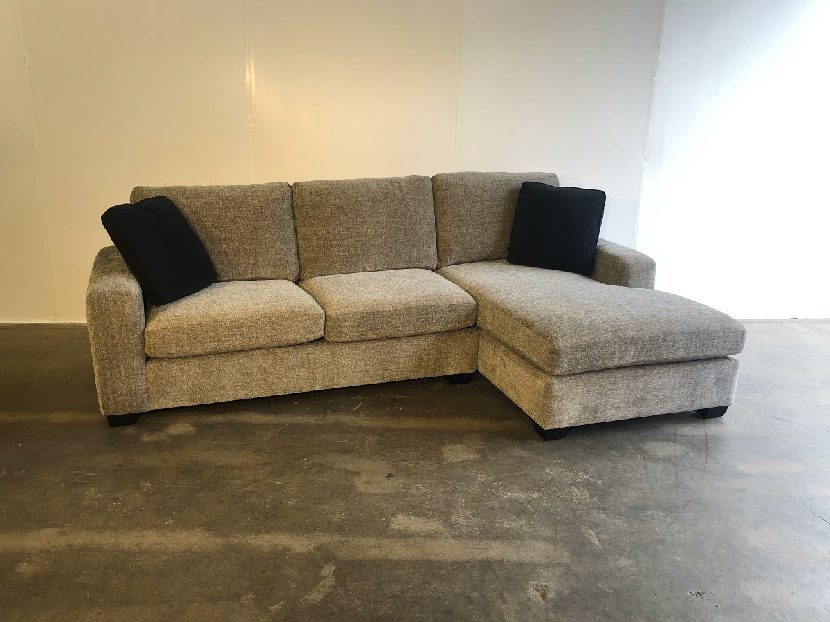 Connor Sectional Crisscross Tuxedo Sofa So Good 2 Go