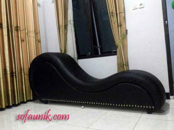 sofa tantra indonesia, kursi tantra, kursi unik, sofa unik, sofa cinta, kursi cinta, kursi untuk bercinta, tantra chair, kursi tantra indonesia, kursi santai, sofa santai, cara bercinta