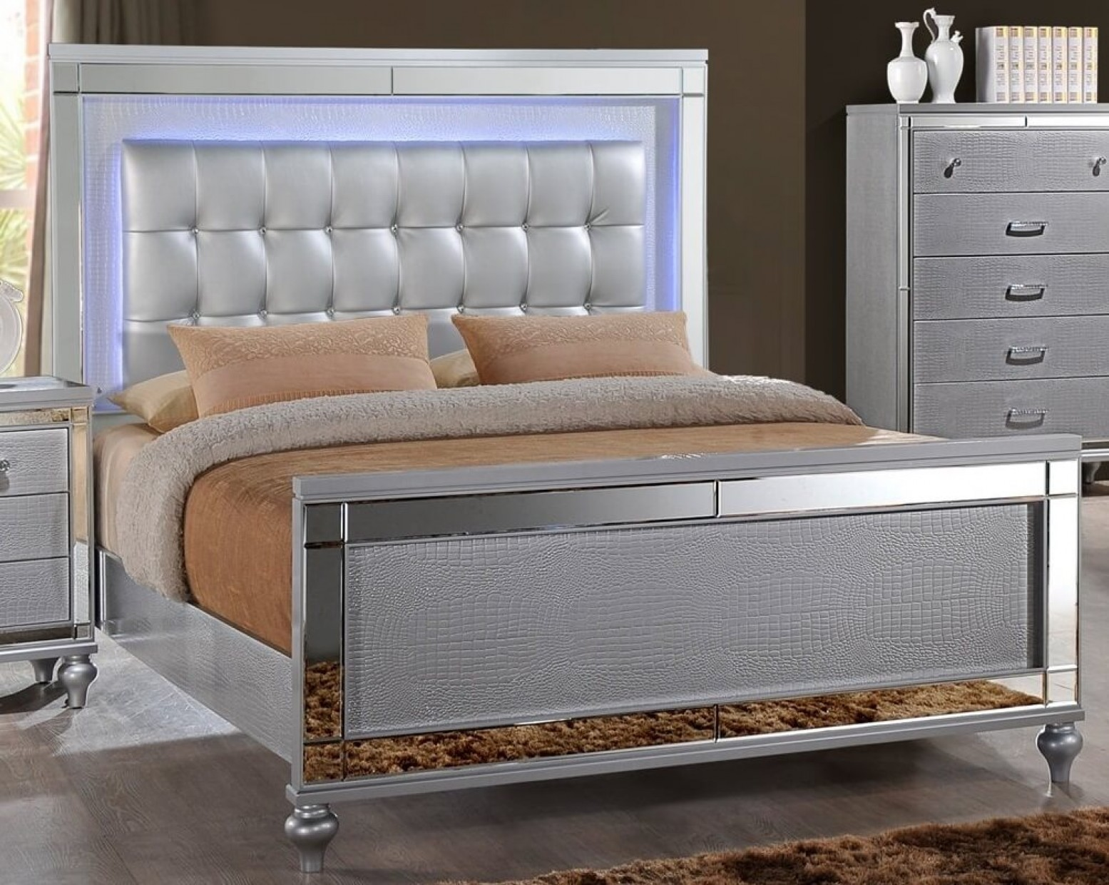 New Bedroom Set New Classic Sm Valentino Tufted Led Panel Bedroom Set