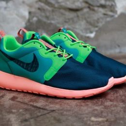 "Nike Roshe Run Hyperfuse ""Catalina/Poison Green"""