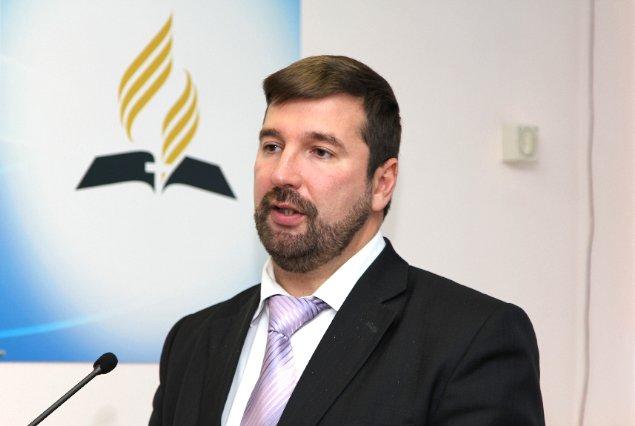 Олег Гончаров: Игнорирование законных прав верующих может привести к серьёзным последствиям для российского общества