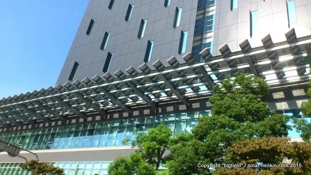 甲府市役所新庁舎の太陽光発電システム(1)