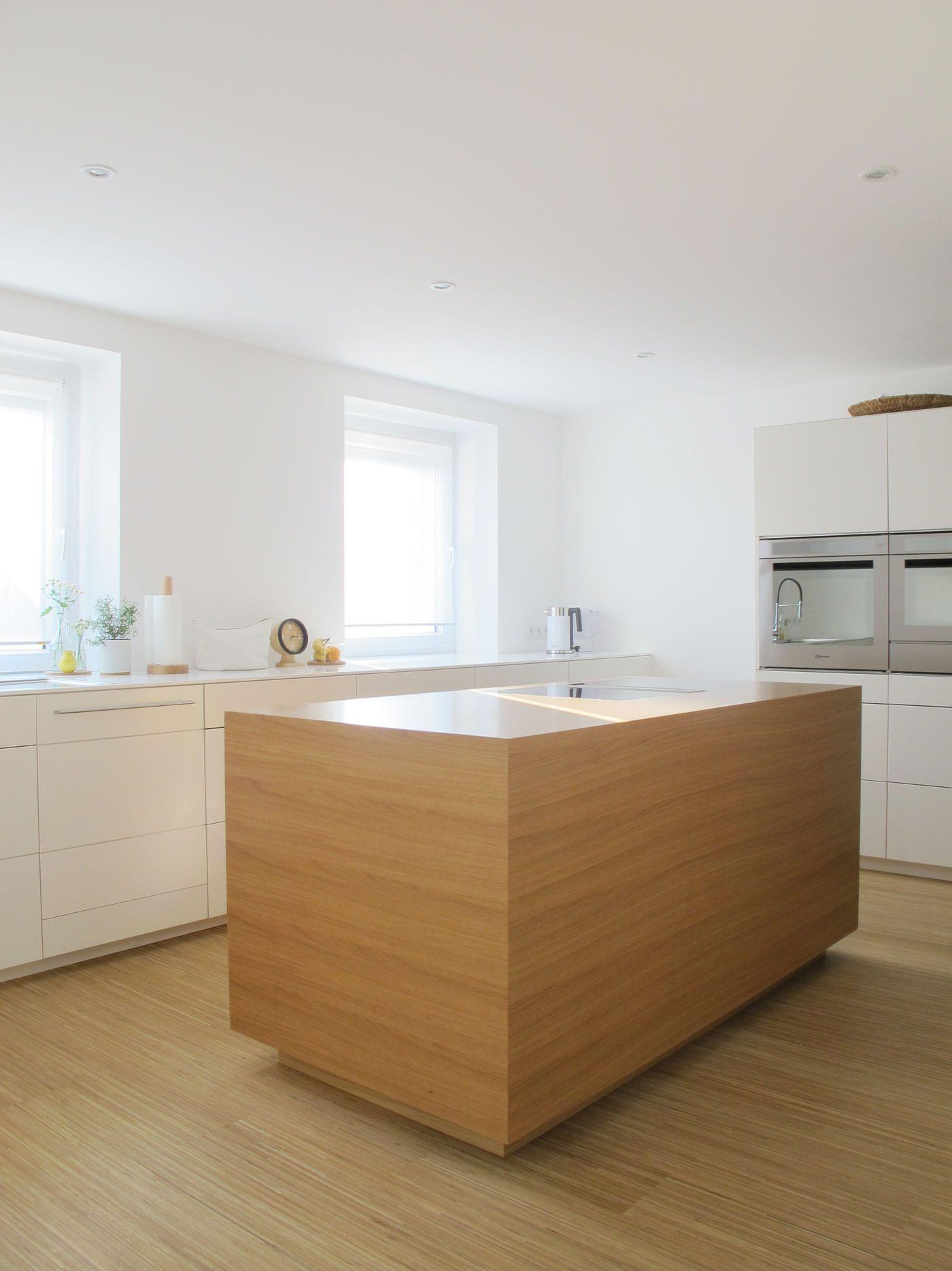 Einbauküche Planen Tipps   Amerikanische Küche Planen Holzhaus ...