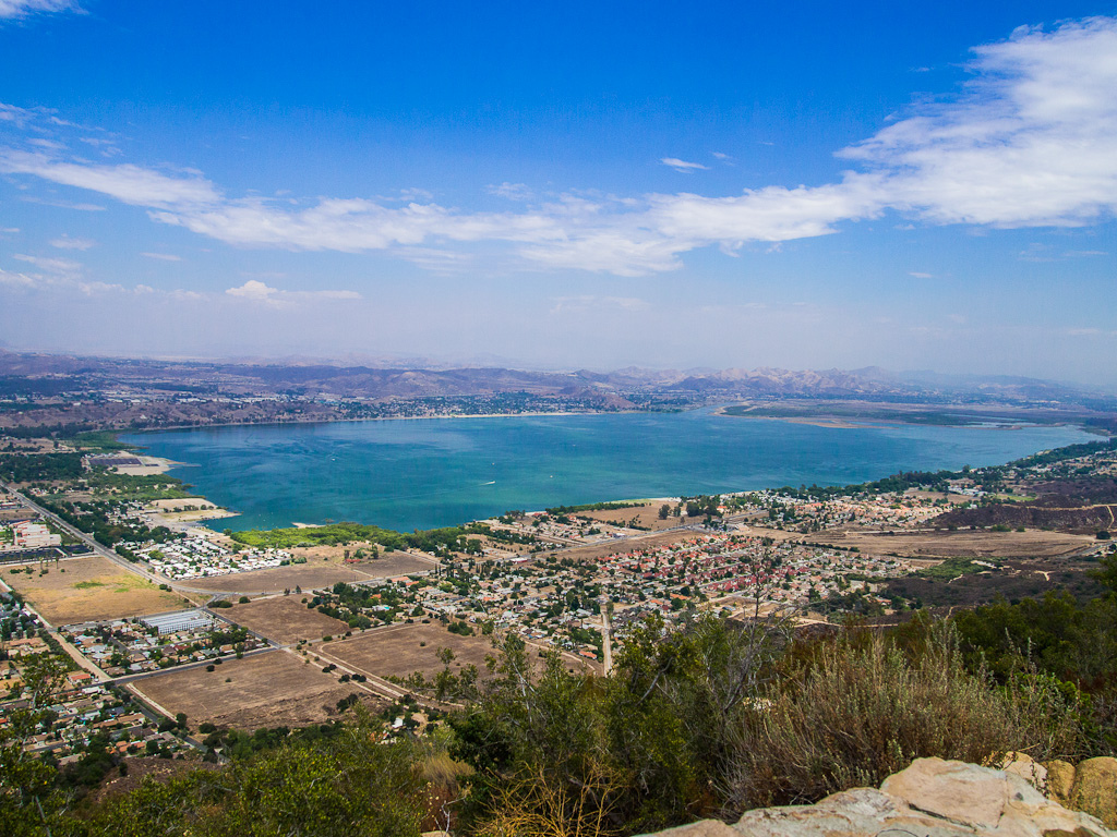 Lake-Elsinore-algae-bloom