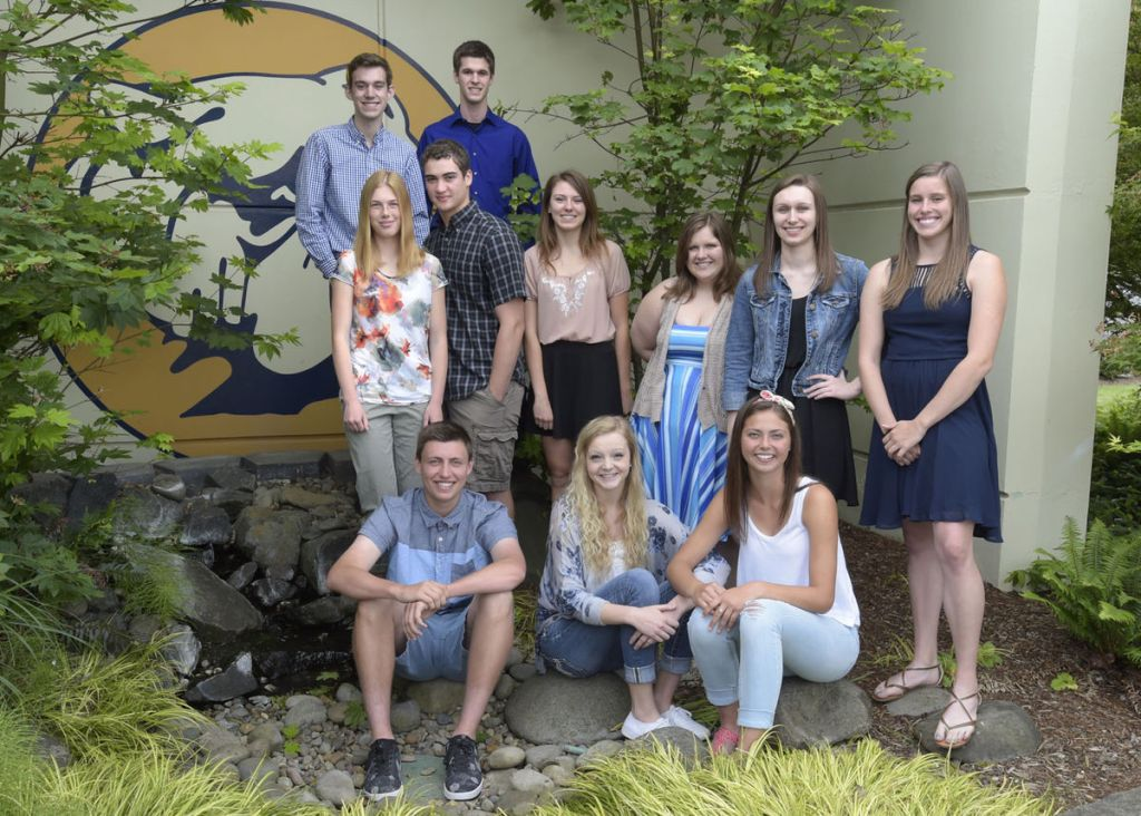 High-school-students-receive-immersion-experience-in-philanthropy-with-Community-101-course