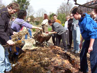 Local-initiative-reduces-city-waste-by-teaching-residents-to-compost
