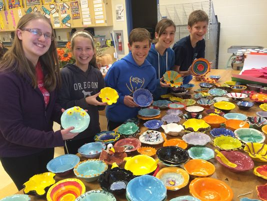 Students-auction-off-handcrafted-bowls-to-fundraise-for-hunger-initiative