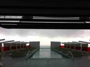 Piscina terraza superior