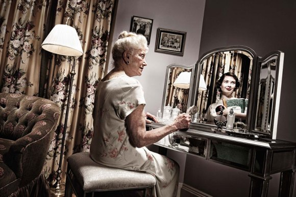 younger-self-reflected-in-mirror-reflection-tom-hussey-7
