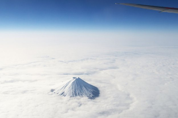 mount-fuji-from-an-airplane-above-the-clouds