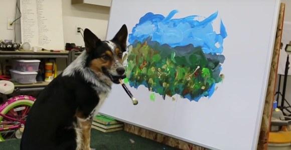 Por incrível que pareça, foi o cachorro que pintou o quadro!
