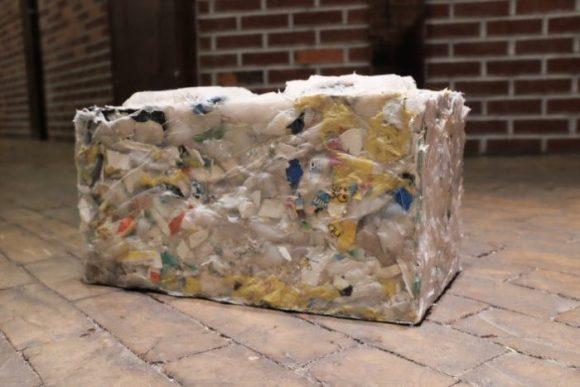 tijolos-de-plastico-reciclado-2