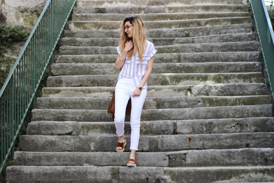 blog-mode-white-and-stripes