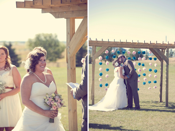 ST_Red_Bloom_Photography_rustic_wedding_16