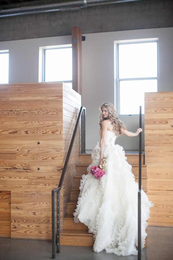 ST_Cassandra_Castaneda_Glam_wedding_inspiration_0007.jpg
