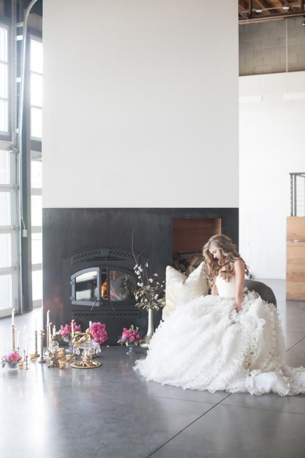 ST_Cassandra_Castaneda_Glam_wedding_inspiration_0019.jpg