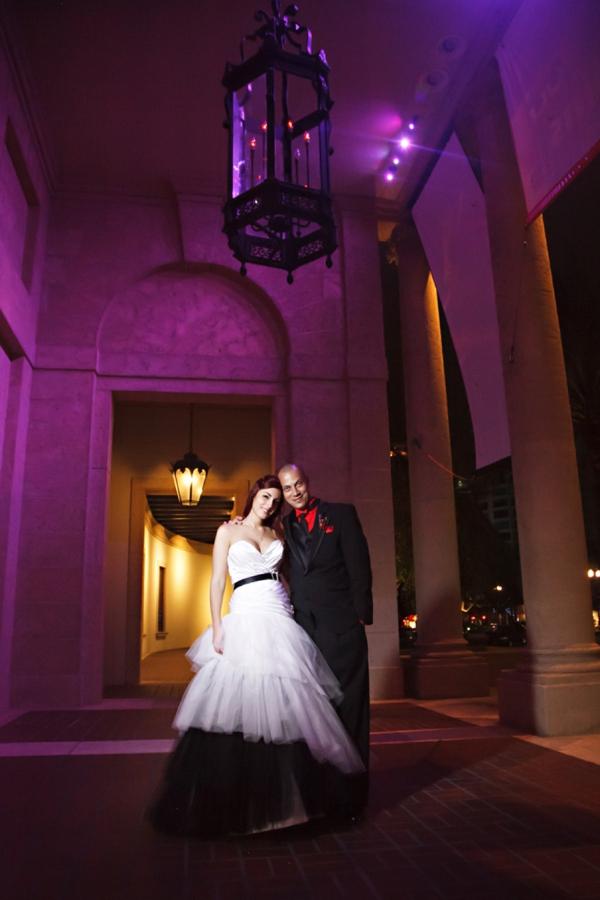 ST_Carrie_Wildes_Photography_halloween_wedding_0045.jpg