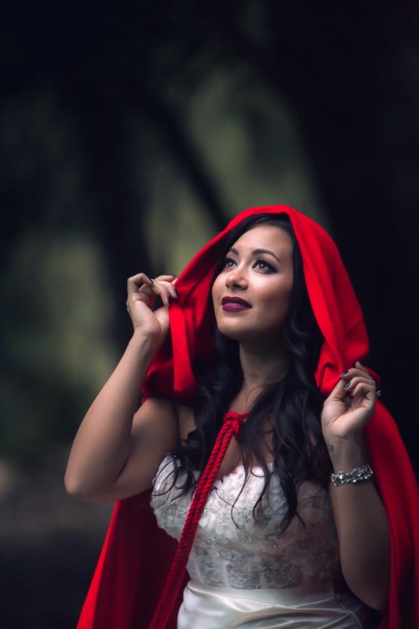 SomethingTurquoise-Red-Riding-Hood-Noir-Nerinna-Studios_0027.jpg