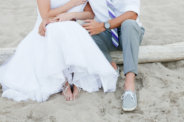 SomethingTurquoise_DIY_beach_wedding_Kristen_Nicole_Photography_0021.jpg
