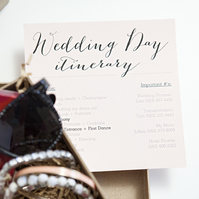 Download, edit and print this darling FREE wedding itinerary!