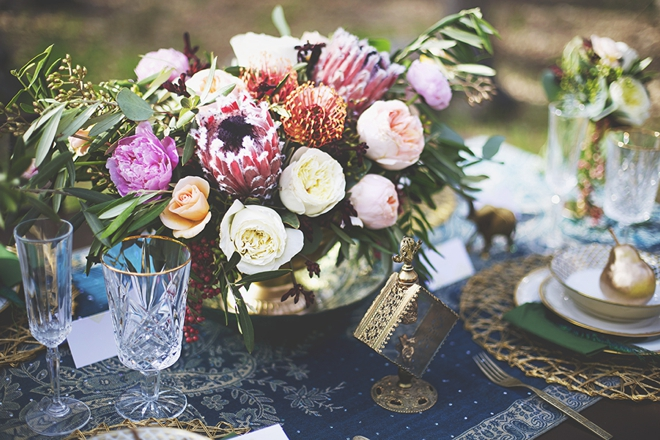 Beautiful moroccan style wedding tablescape