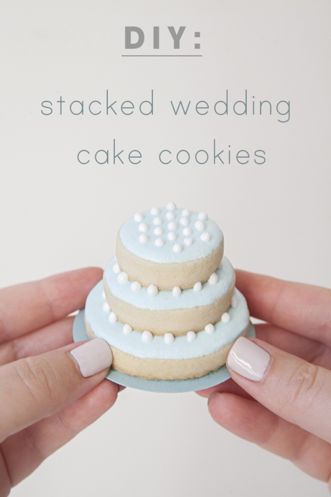 How to make stacked wedding cake cookies!
