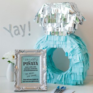 DIY Wedding // How to make a unique piñata guest book!
