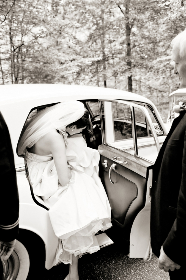 Old Rolls Royce for wedding transportation