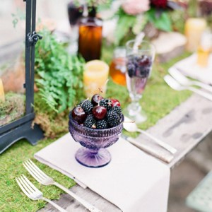 Cheerful spring wedding tablescape