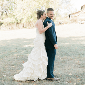We're in LOVE with this sweet couple's rustic Tennessee wedding!