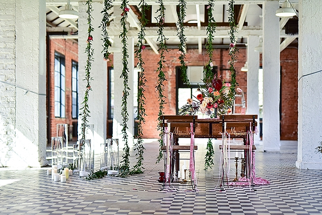 Stunning sweetheart table inspiration at this gorgeous styled shoot!