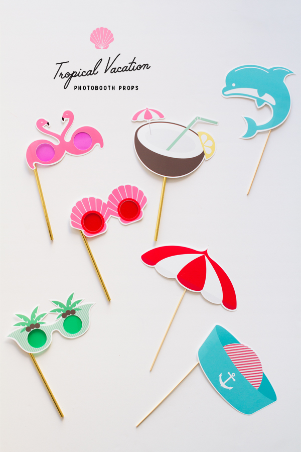 Free tropical photobooth printables. Love these cute props - especially the dolphin!