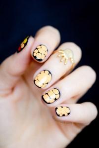Easy Halloween Nail Art How-to