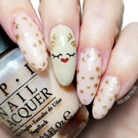 14 Elegant Christmas Nail Designs