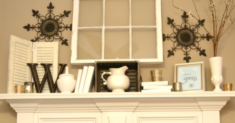 Winter Mantel with Printable – Sondra Lyn at Home