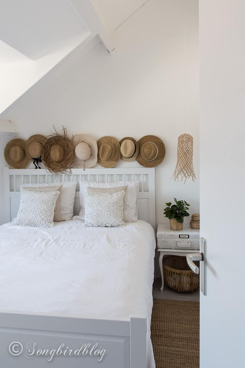 Boho Bedroom White Boho Bedroom With A Beachy Vibe Songbird