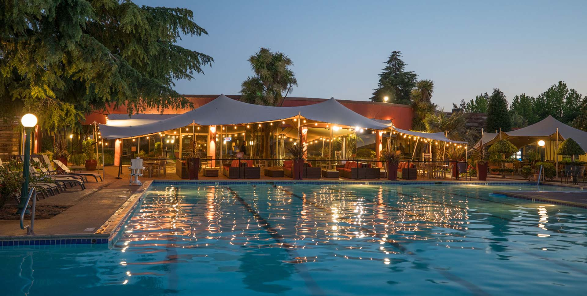 Flamingo Pool Dates 5 Wine Country Resorts With Pool And Spa Sonomacounty