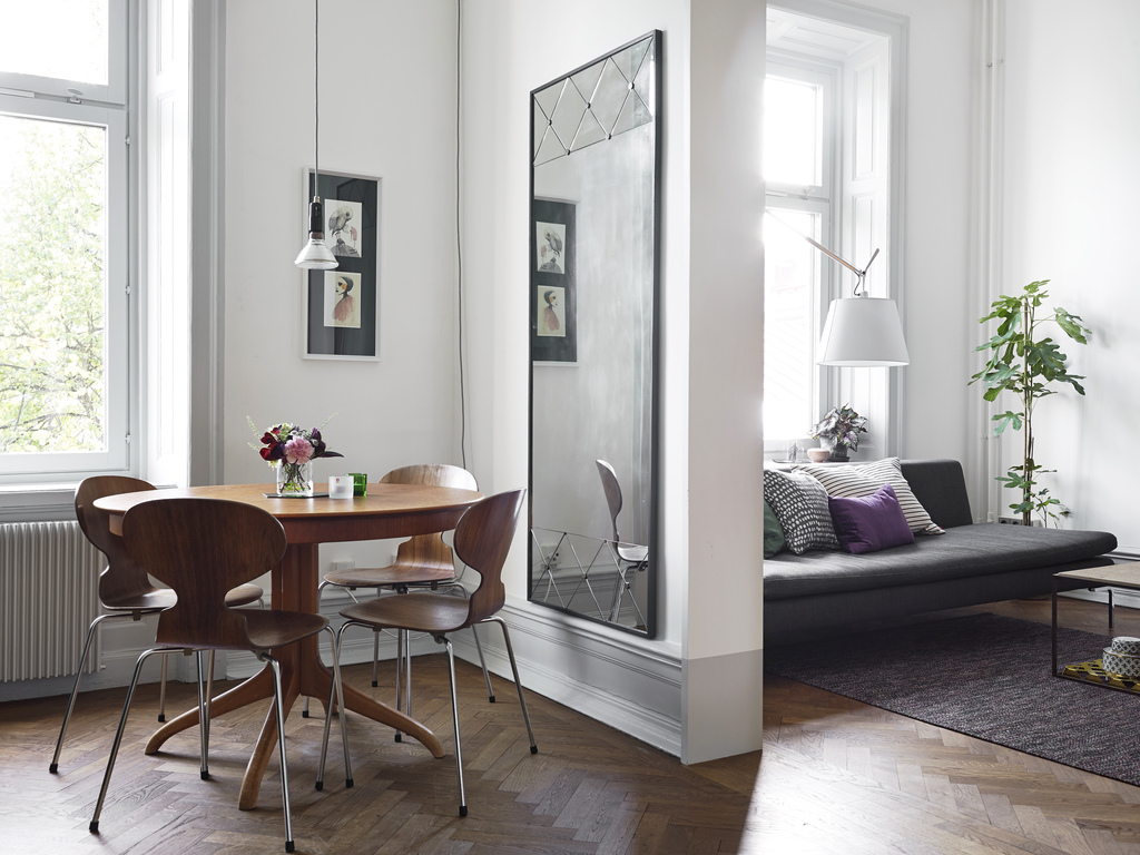 Suelo Hidraulico Antiguo 7 Ways Mirrors Can Make Any Room Look Bigger