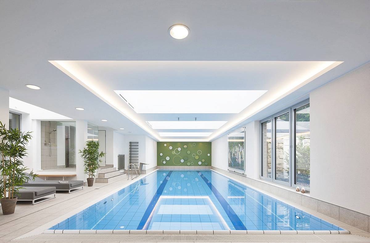 Indoor Pool Bauen Custom Made Swimming Pools Custom Made Pools From The Experts