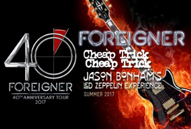 Video: FOREIGNER Performs In Hershey, Pennsylvania During 40th-Anniversary Tour