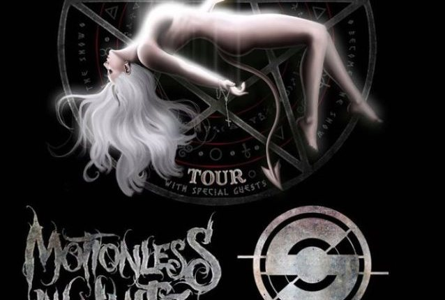 IN THIS MOMENT Joined By MOTIONLESS IN WHITE Singer For Performance Of New Song 'Black Wedding' (Video)