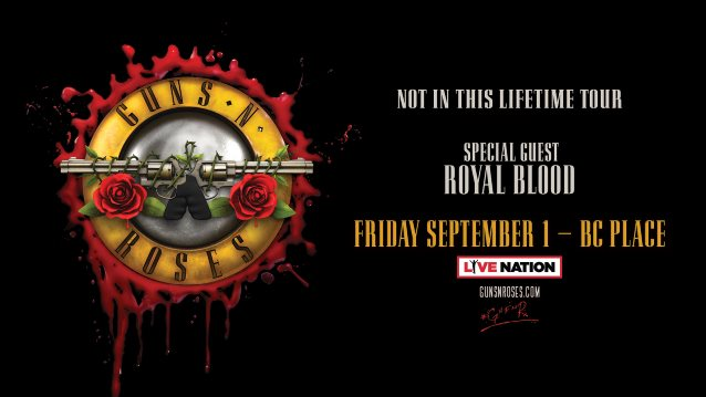 Video: GUNS N' ROSES Performs In Vancouver