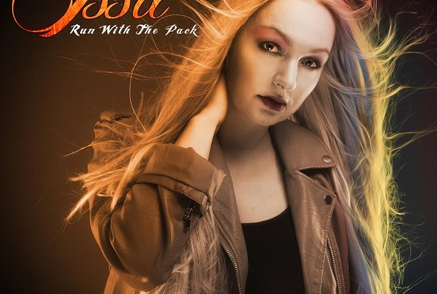 Norwegian Singer ISSA To Release 'Run With The Pack' Album In April