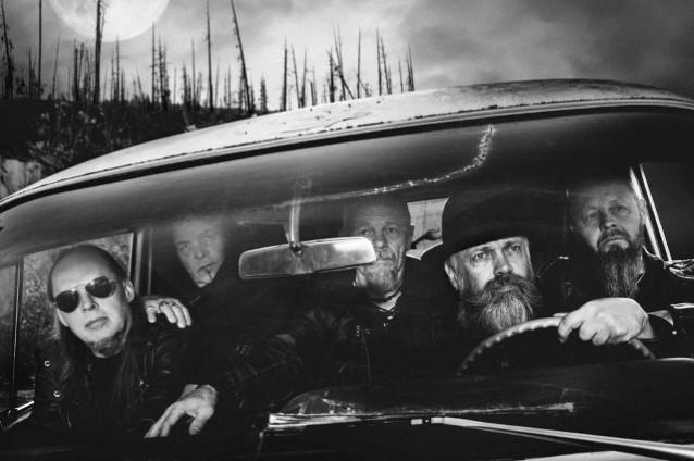 BLACK SABBATH's TONY IOMMI To Guest On New CANDLEMASS Album, 'The Door To Doom'