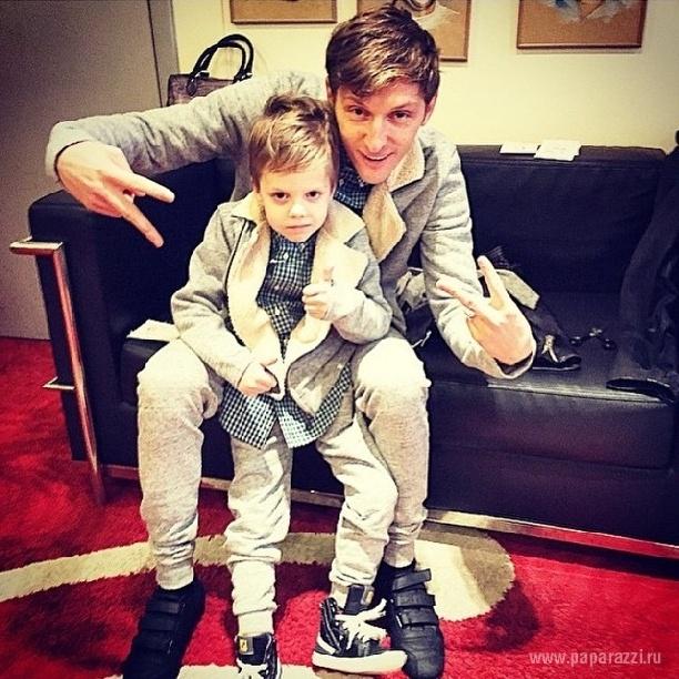 С сыном Робертом