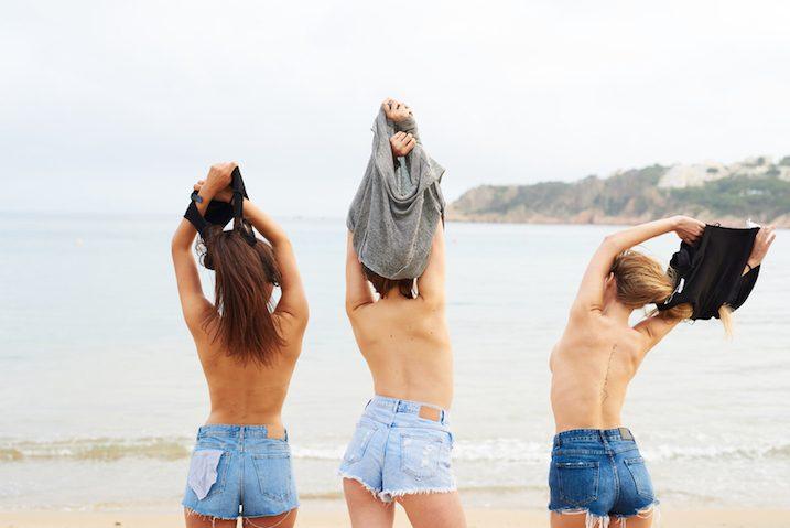 women-topless-beach