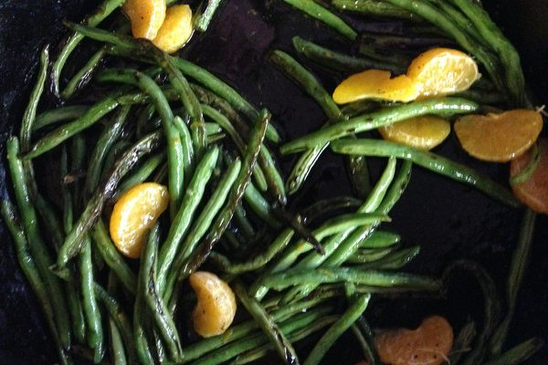 Skillet Green Beans with Oranges