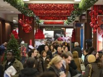 Heavy Discounting Isn't the Sole Holiday Strategy for Retailers