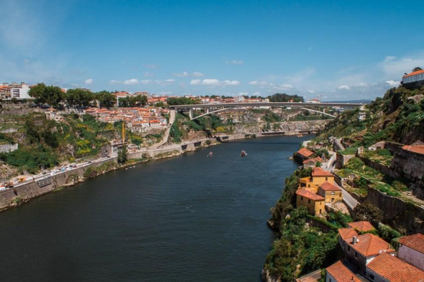 Ponte de Luiz au dessus du Douro à Porto
